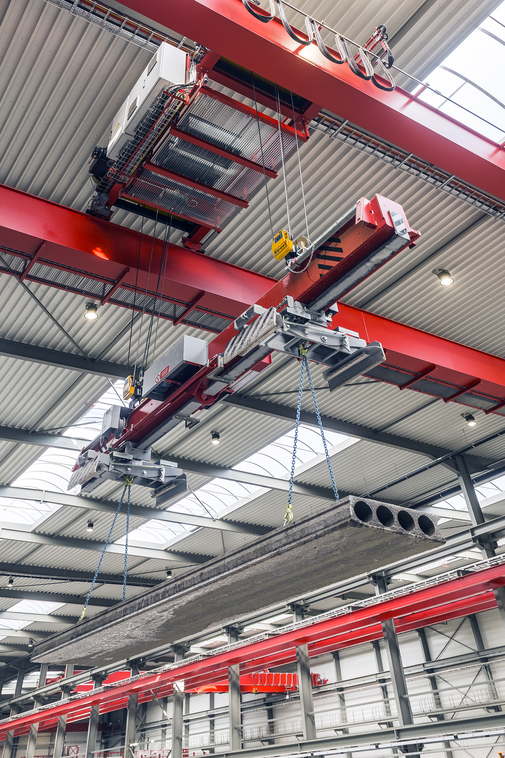 TCS_Timmers_DBK 2x 8t - 23 m dual girder overhead cranes equipped by intelligent motion control