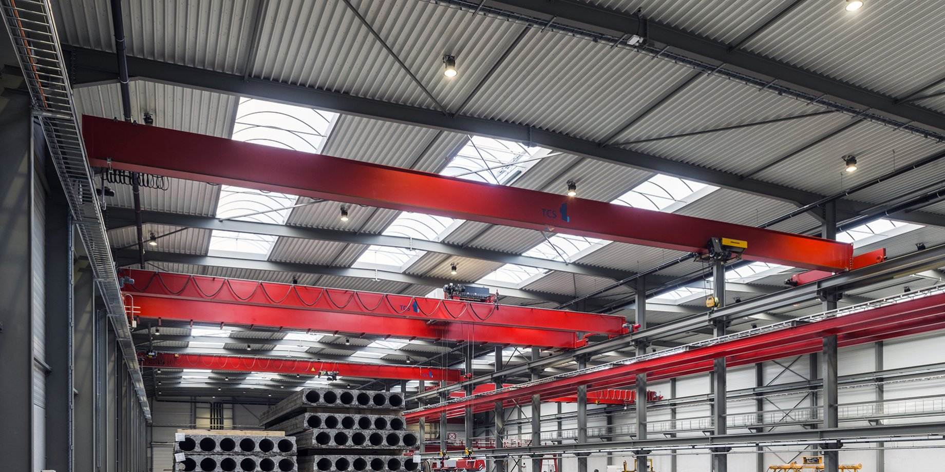 TCS_Timmers_DBK 2x8t - 26 m dual girder overhead cranes equipped with intelligent motion control